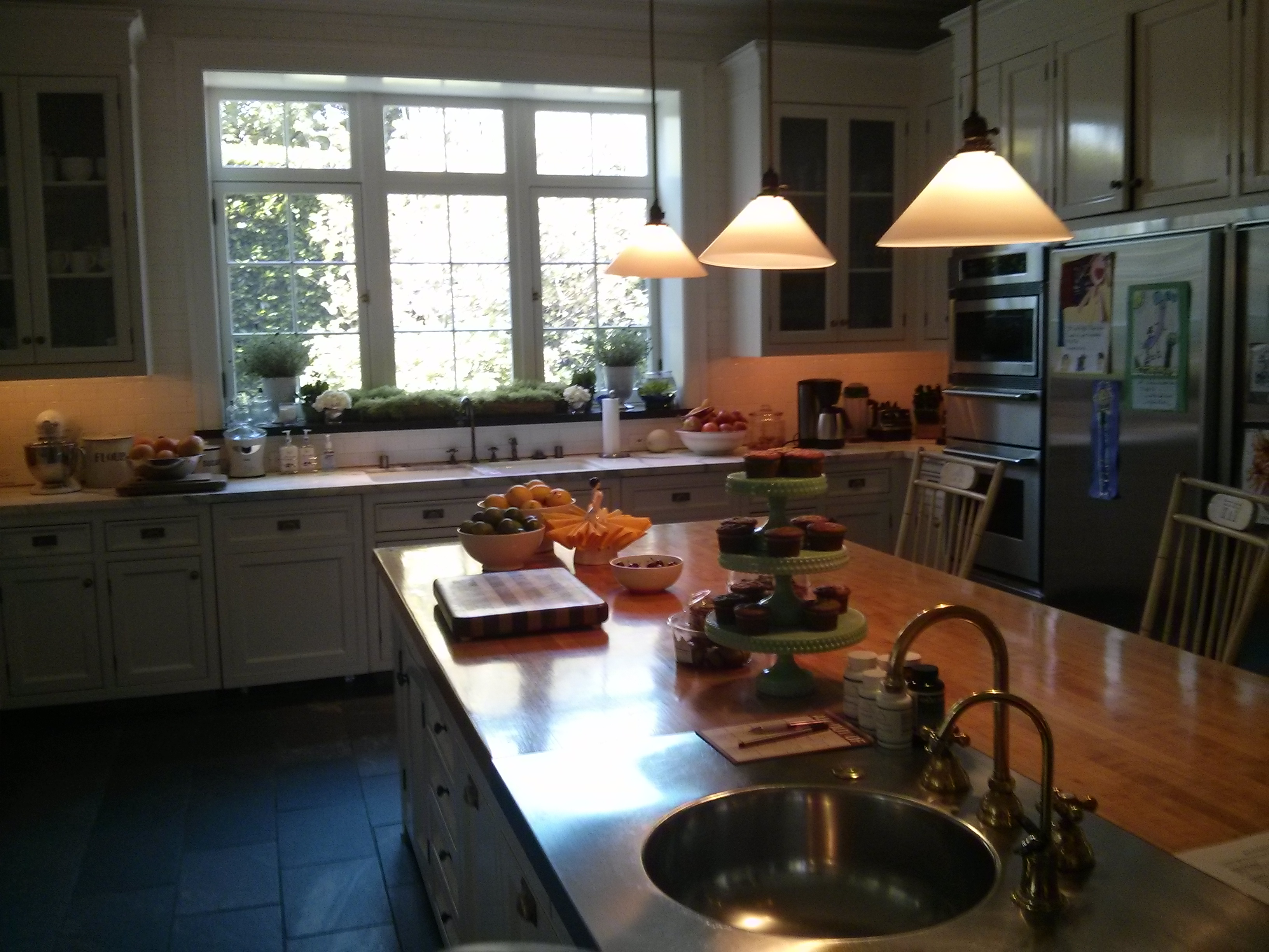 Wood Screen Windows in Kitchen in Brentwood