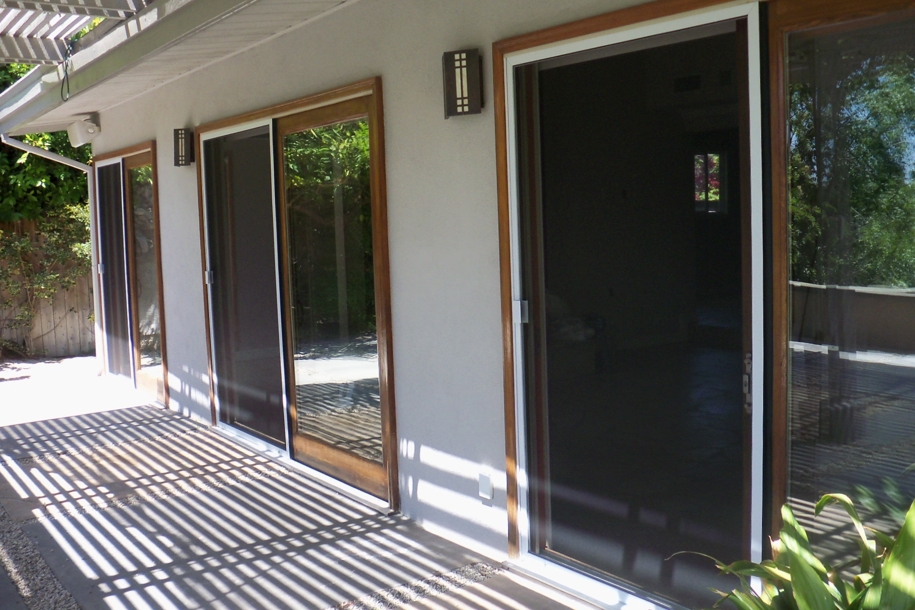 Woodland Hills Patio Sliding Screen Doors (3)