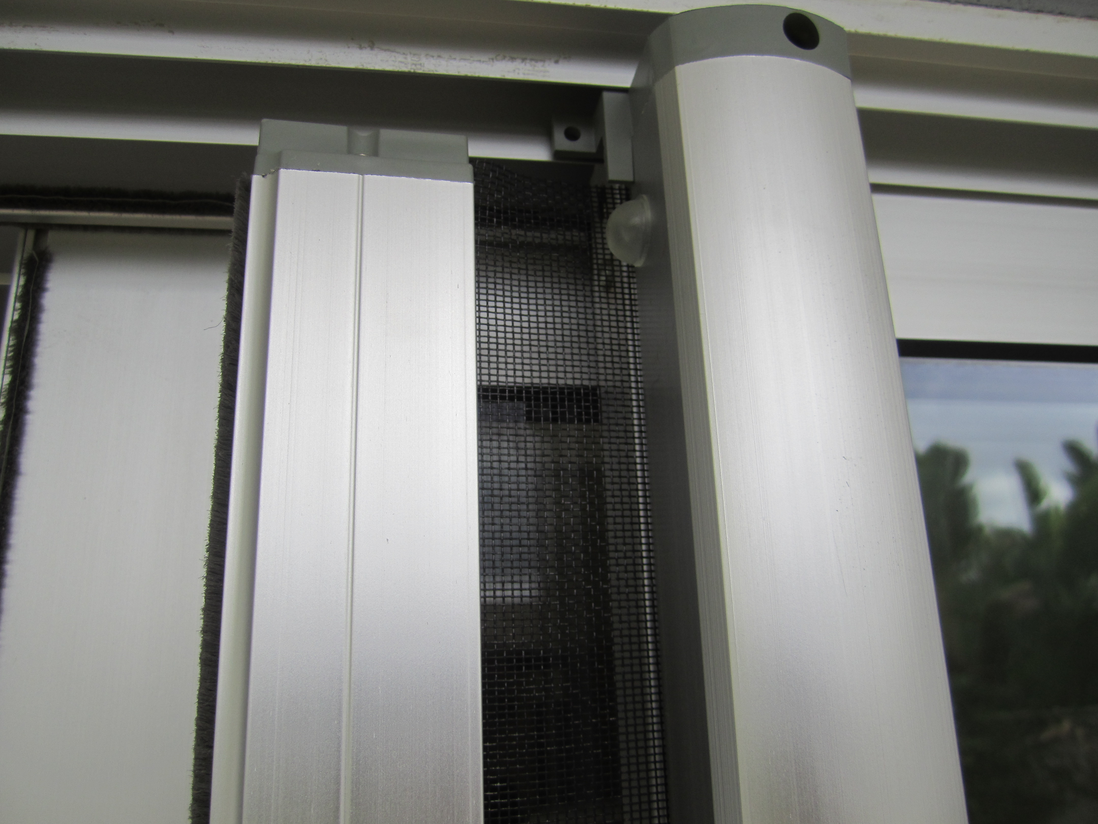 Clear Anodized Retractable Screen
