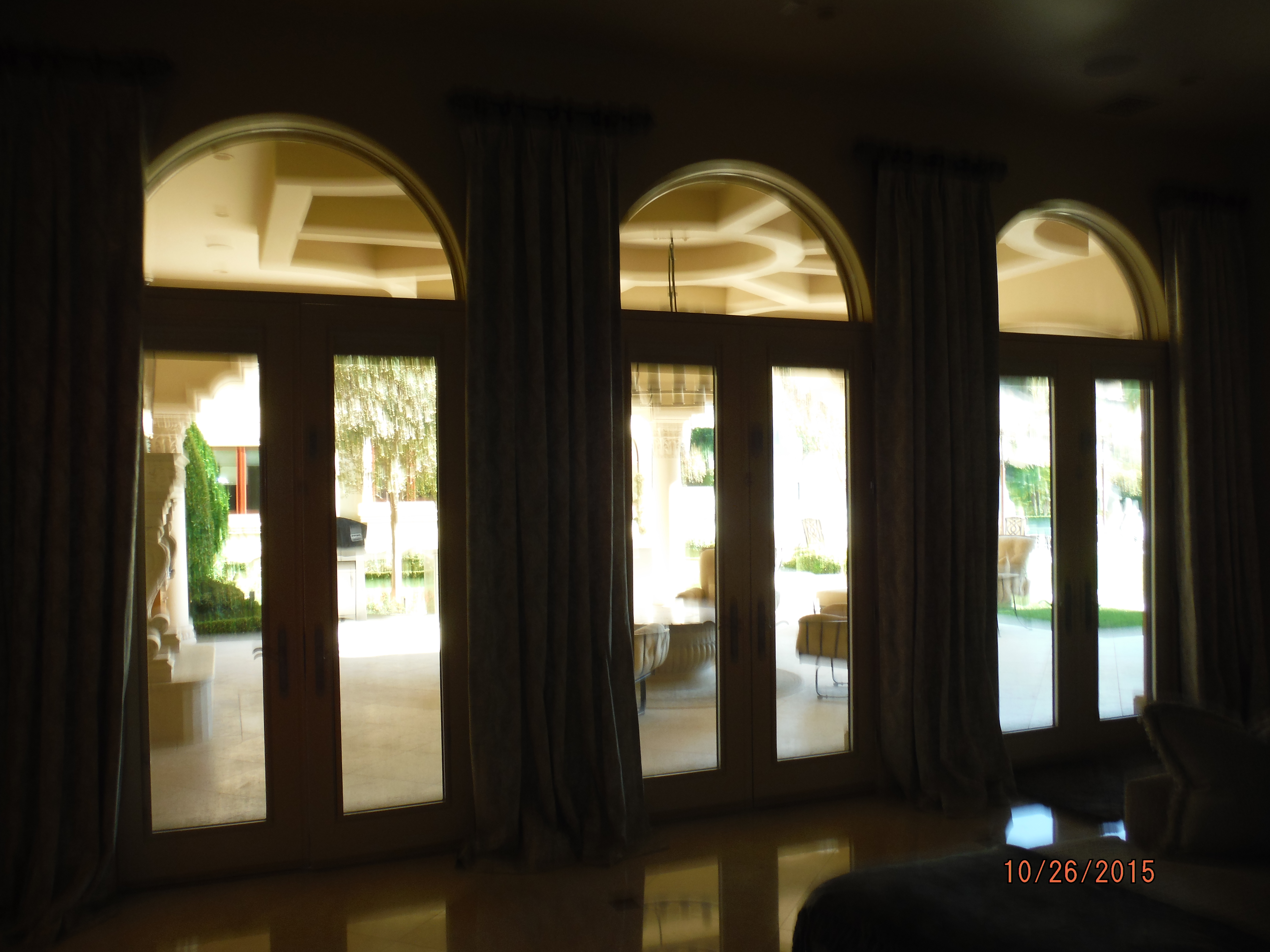 Calabasas Retractable Screen Doors