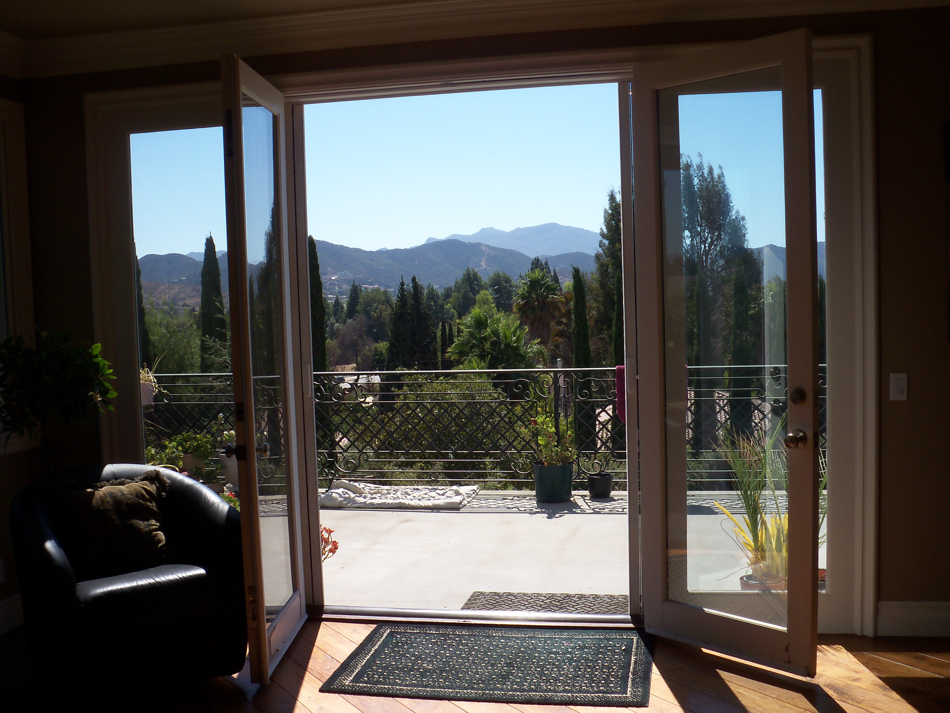 Sherman Oaks Retractable Screen Doors Custom Made