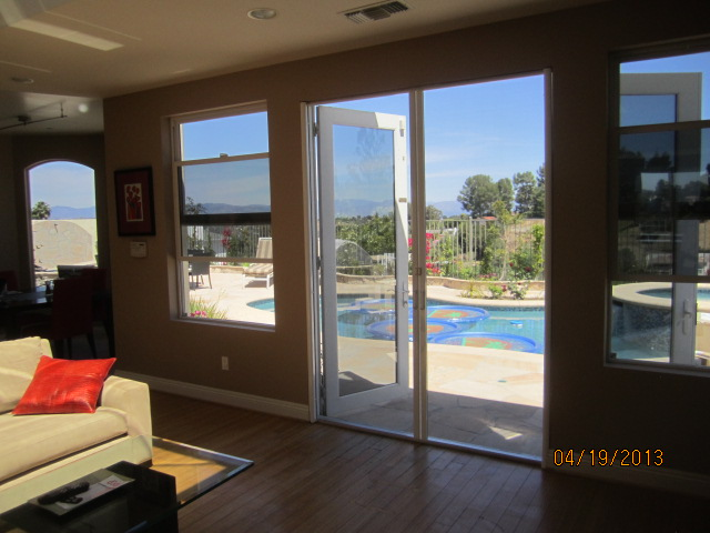 Retractable Screen Doors in Tarzana