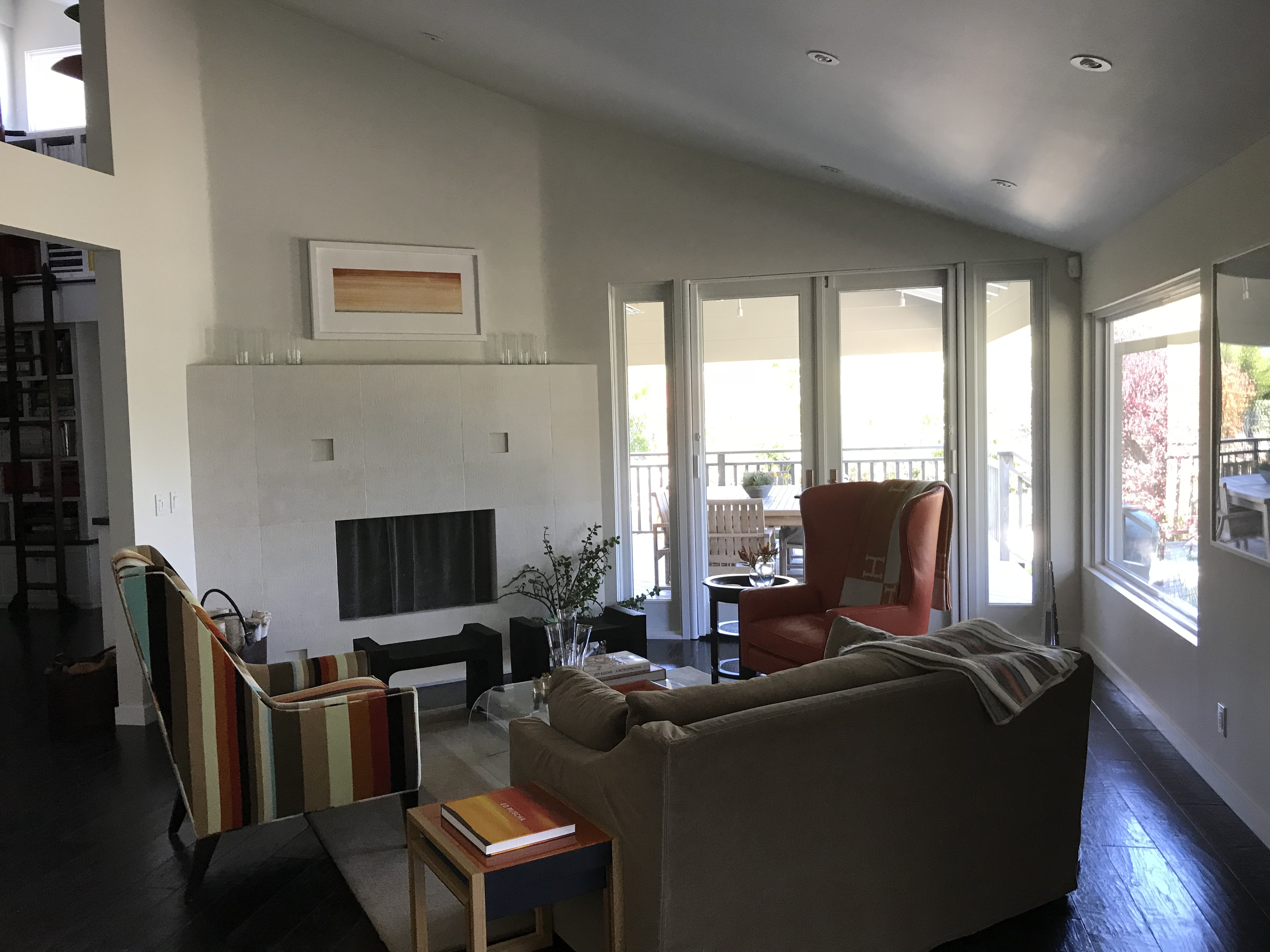 Double Set of Pull Out Screens in Hidden Hills