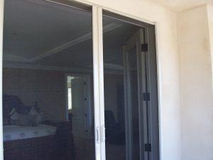 Double Set Retractable Doors